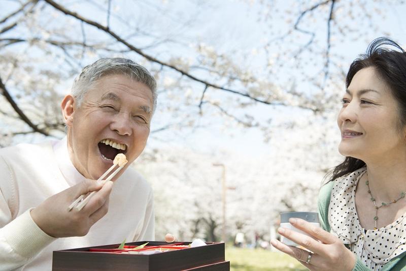 楽しく食べ続けるための口腔ケア