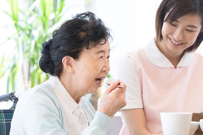 摂食嚥下における先行期と口腔ケアの関係性